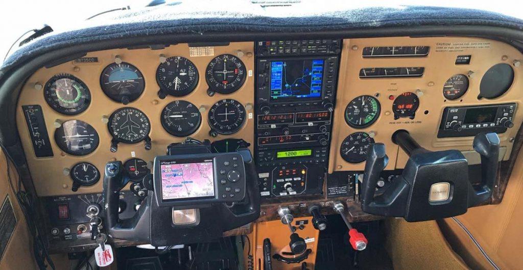 Cessna182QPanel