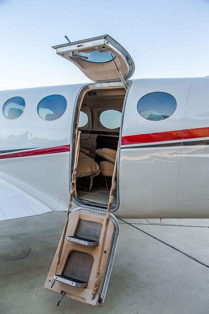 Cessna340_airstair